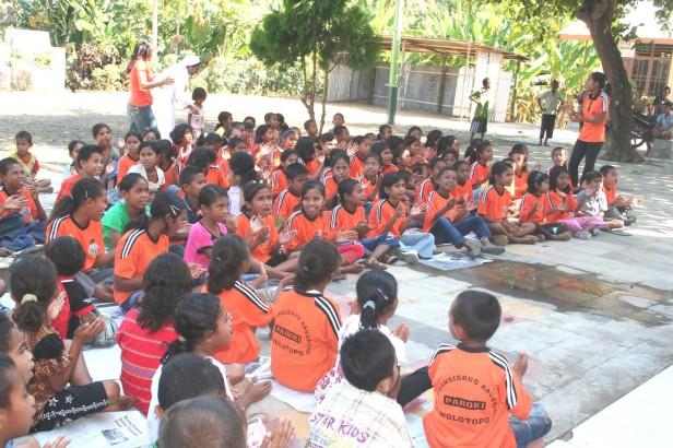 Anak-anak Sekami Wolotopo